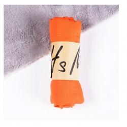 Oranžinis šalikėlis