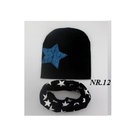 Juodas derinukas: kepurytė su mova