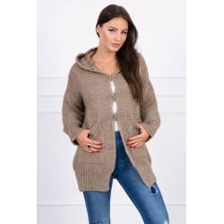 Kapučino spalvos megztinis su kapišonu