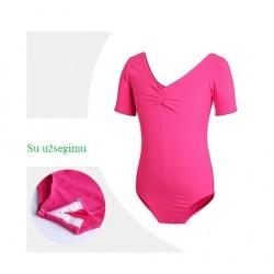 Ryškiai rožinis triko, trumpomis rankovėmis, su užsegimu
