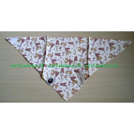 Kaklaskarė su lipukais