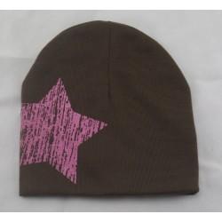 Kepurytė mažiesiems, ruda su žvaigžde