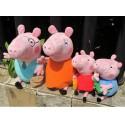 Pliušinių žaislų šeima
